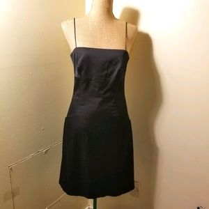 "ECCOCI ""little black dress"" w/ pockets size 6"